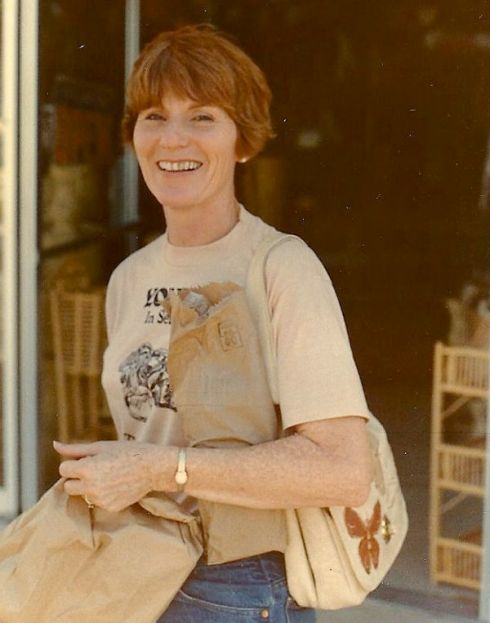 Dusti in 1981, shopping while leading us Tithe of Life interns on a trip to a Mexican border town (my first time to leave the U.S., if only for an afternoon).