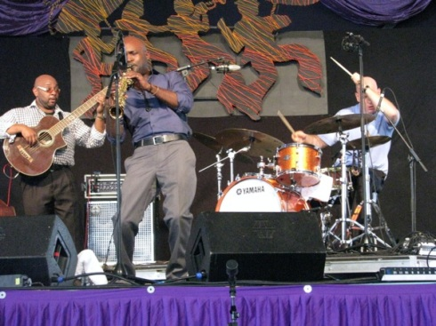 Khari and the rest of the collective put some body English into Jazz Fest.